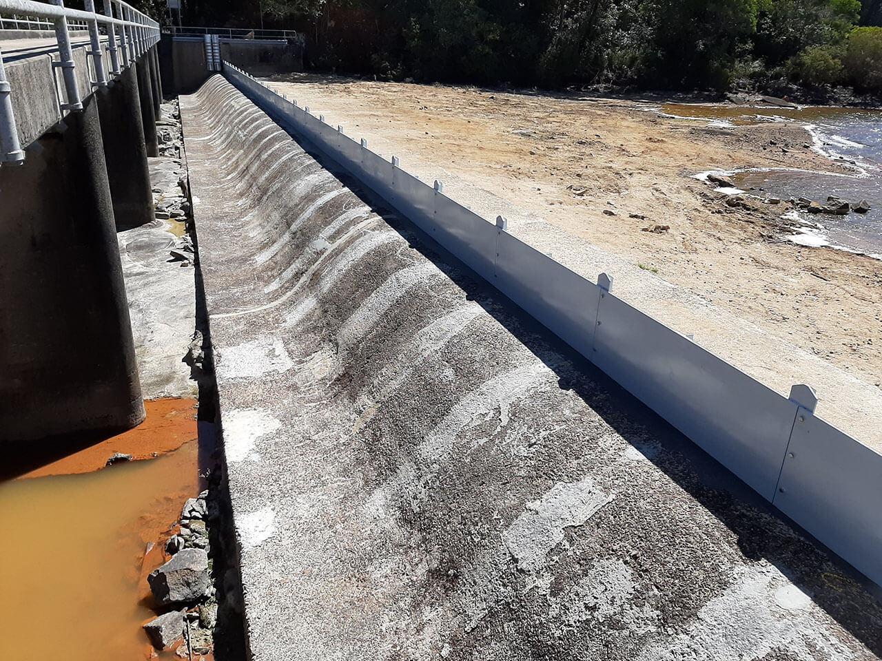 Paluma Dam - Upgrade spillway with new flashboards (2020)