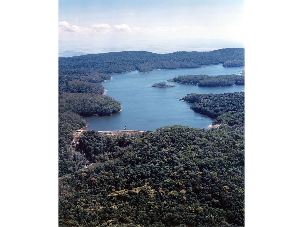 Paluma Dam - Aerial view (2002)